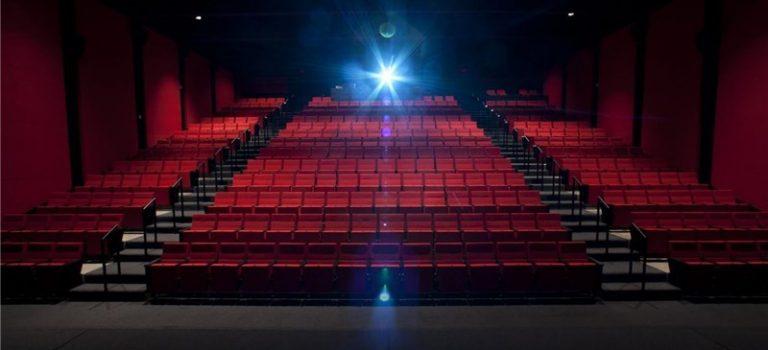بهره برداری دومجتمع سینمایی دربوشهر