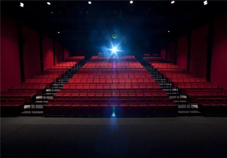 صدور مجوز تغییر کاربری سینما عصرجدیدتهران