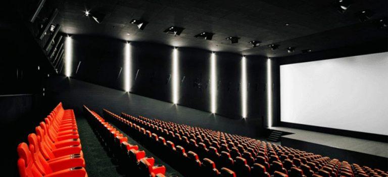 سالنهای سینمای فرانسه رکورد ۵۰ ساله را زد