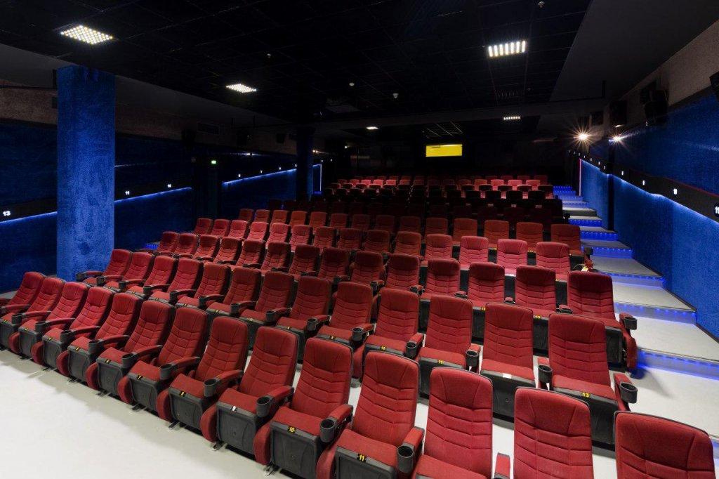 94 سالن سینمای در حال احداث در تهران - تصویری از پردیس اطلس مشهد