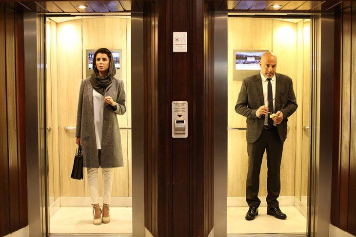 نمایش فیلم مردی بدون سایه درسینما قدس اردبیل