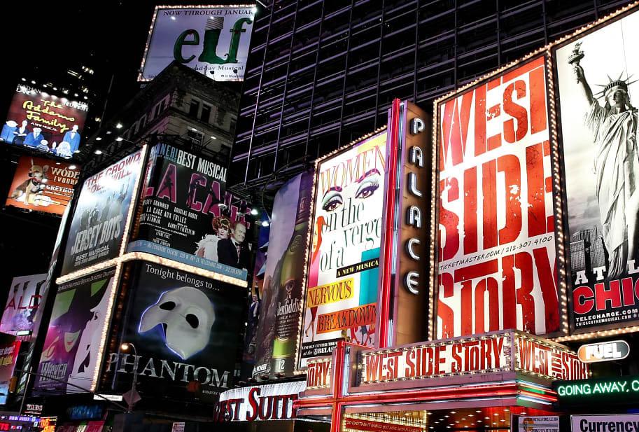 بازگشایی سالنهای تئاتر و سینما در نیویورک با ظرفیت ۱۰۰درصدی